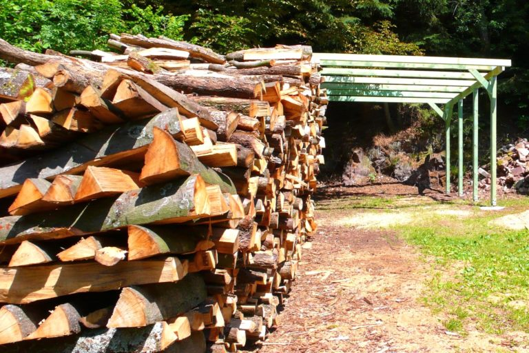 Holzstapel normal 32
